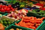 Oferta fizycznej pracy we Francji przy zbiorach warzyw bez języka Guérande